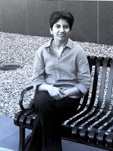 Archana Kamal a résolu un problème important en informatique quantique en réduisant la taille des composants.